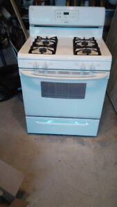 Selling few appliances. Refrigerator, stove and dish