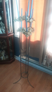 6 candle metal stand arrangement