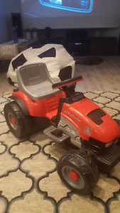 Peg Perego Lil Red Tractor