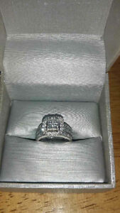 1.50 CT. T.W. Quad Princess-Cut Diamond Framed Bridal Set in 14K