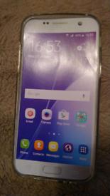 Plastic phone back cover. 📱📱