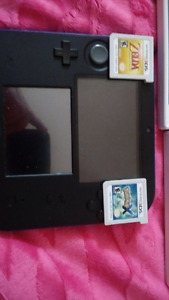 Black and blue 2ds with four games