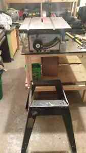 Table saw / banc de scie