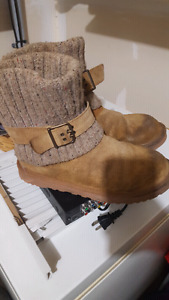 Size 9 Authentic Uggs