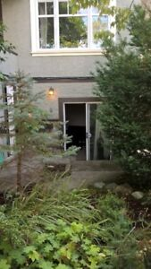 KITSILANO KITS -Garden level 2-bedroom suite available Oct 1/17.