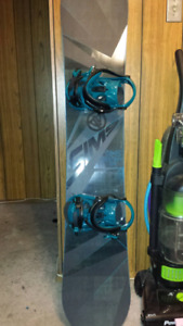 Snowboard (154) and bindings