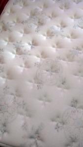 Luxury queen size mattress delivered