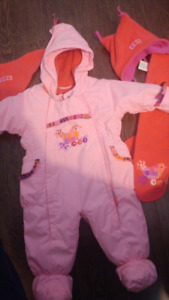 9m snowsuit 2x2 habit de neige