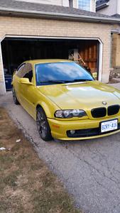 2001 BMW 325 ci. PENDING SALE