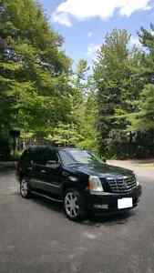 *Cadillac Escalade Low Kms Immaculate Priced To Sell*