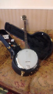 SAVANNAH 5 STING BANJO WITH CASE AND EXTRAS