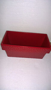 Decorative red metal planter pot Brand new London Ontario image 1