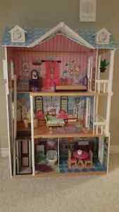 KidKraft Dollhouse London Ontario image 1