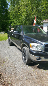 Sell or trade 2007 Dodge SLT 4x4 crew cab