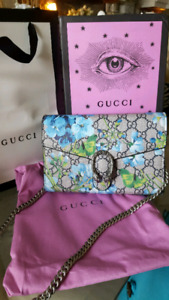 Gucci Blooms chain bag