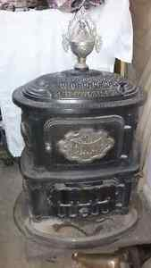 Mcclary Fawn Parlor Stove Kitchener / Waterloo Kitchener Area image 1