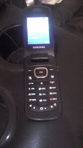 SELLING MY OLD FLIP PHONE SGH-C414M