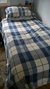 like new twin duvet cover set from IKEA