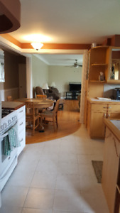 Amherstview room for rent,, attention contractor and student