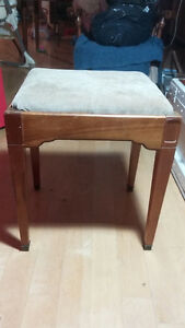 sewing seat / sewing bench