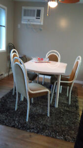 Dining - Kitchen Table and Chairs