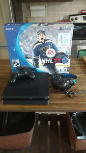 Ps4 with 2 headsets and nhl game