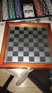 Chess set with backgammon
