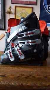 men's Salomon Ski Boots 91/2