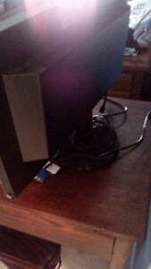 SELLING AN ACER COMPUTER AND MONITOR