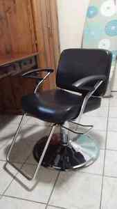 Hair stylist chair