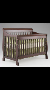 CRIB IN EXCELLENT CONDITION!!!