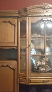 Oak Wall Unit-Display Cabinet West Island Greater Montréal image 3