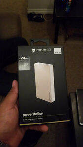 mophie powerstation 6000 MAh +24 hrs extra battery