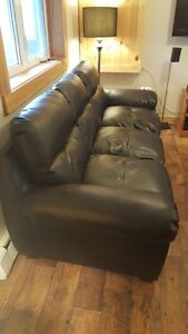Like new condition bonded leather couch!