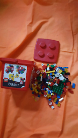 Lego basic in container with lid. 5-7 years olds.
