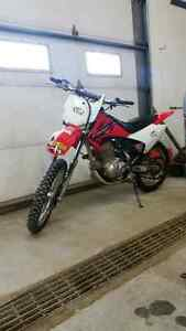 Crf150 Honda electric start with parts bike and registration