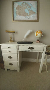 French classic style desk