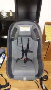 carseat 2in1 London Ontario image 1