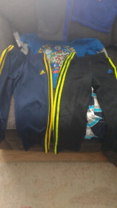 Boys size 5/6 cloths great condition. No tears or stains