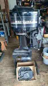 1987 60HP Mercury 3 cylinder outboard boat motor
