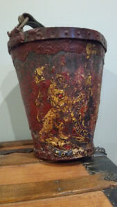 ANTIQUE GEORGIAN ENGLISH 1800'S LEATHER FIRE BUCKET / FIREMAN