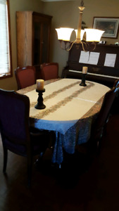 Dining room table and 10 chairs!