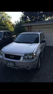 2006 Ford Escape Limited $1800