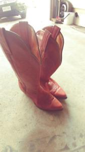 Boulet Men's Size 10 Leather Cowboy Boots - Excellent Condition