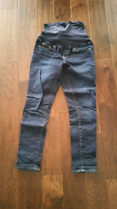Maternity jeans for sale size 25 - 26
