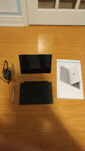 Mint - Microsoft Surface Pro 4 with Pen