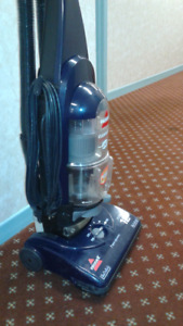 New,12 Amps Bissell PowerForce Bagless Upright vacuum