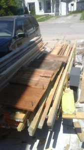 """6 wide pieces of brown barn board 200+ yrs old 19"""" long"""