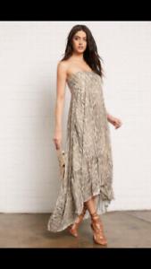 BNWT Sheike Hide and Seek Maxi Dress Size 6 RRP $219.95
