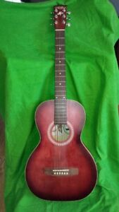ART & LUTHERIE 3/4 GUITAR, EXCELLENT QUALITY, CONDITION, REDUCED